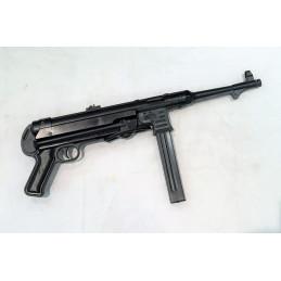 Pistolet mitrailleur MP40